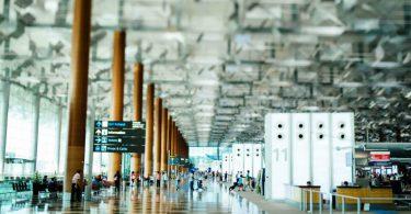 نقش گردشگری در صنعت فروشگاه داری (Retail & Tourism)